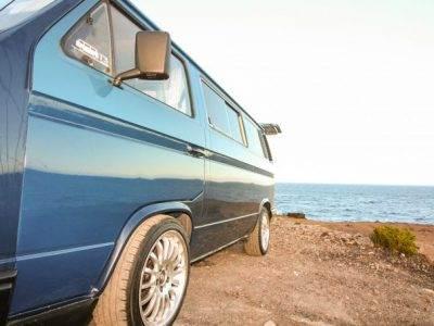 furgo-azul-3-605x465